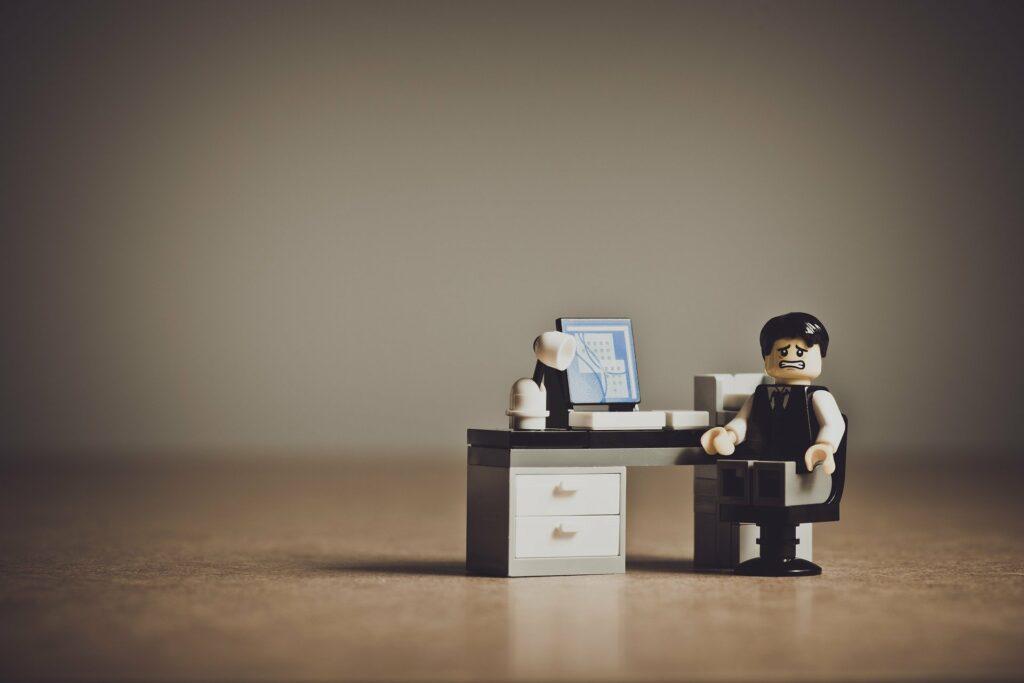 ¿Estar en la oficina aunque trabaje mejor desde casa?