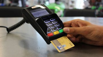 factura inmediata al comprar con tarjeta de credito o debito
