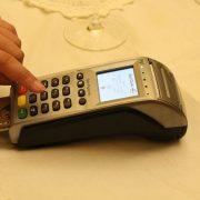 firmar con NIP al pagar con tarjetajpg