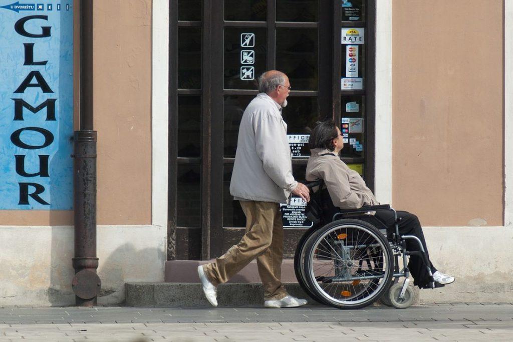 Pensión por invalidez en México, cómo obtenerla